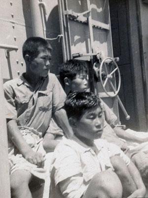 Korean-Boys-seated-1952