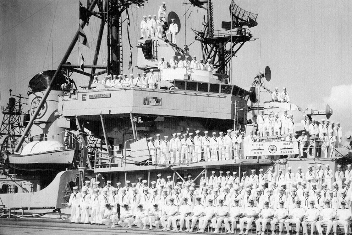 Cold-War-Ship-Photos-Crew-Photo