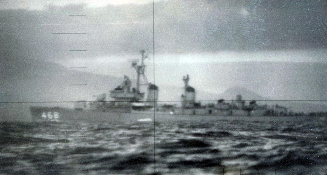 Cold-War-Ship-Photos-Submarine-view