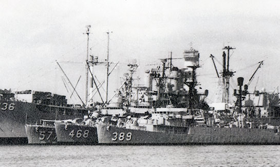 Cold-War-Ship-Photos-at-dock-with-others