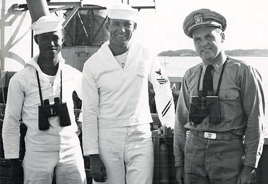 Korea-Crew-officer-2-sailors