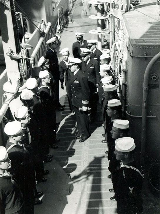 Korea-Crew-officers-and-sailors
