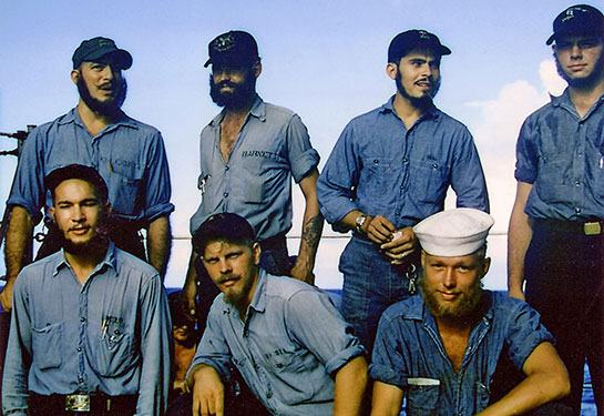 Korea-Ship-sailors