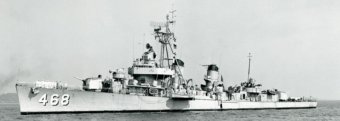 Korean-Taylor-Ship-Photos