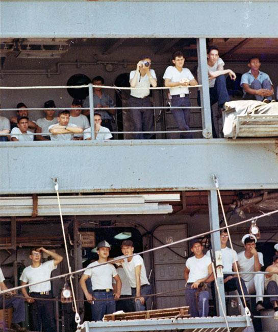 Vietnam-Crew-Onboard-multi-decks