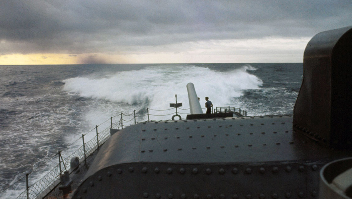 Vietnam-Ship-Photos-off-the-stern-of-Taylor