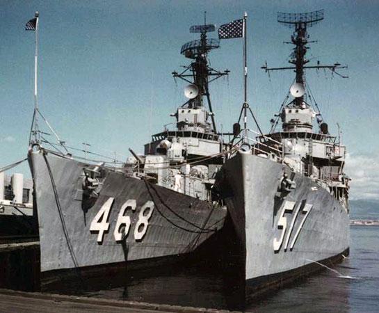Vietnam-Ship-Photos-tied-up-with-517
