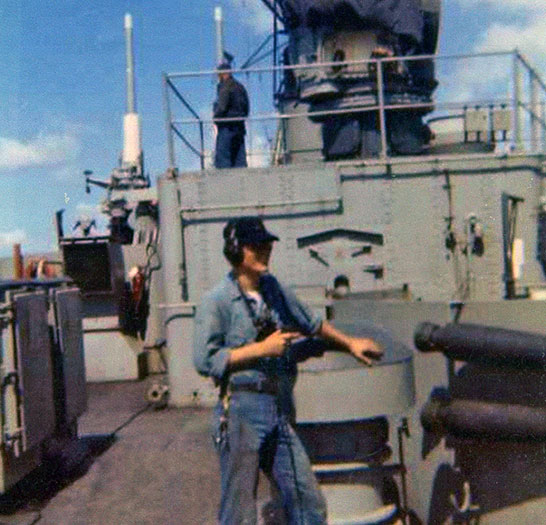 The-Ship-Crew-Cold-War-sailor-with-binocs