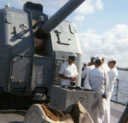 The-Ship-Crew-Cold-War-sailors-near-gun