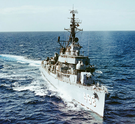 The-Ship-Photos-Cold-War-Taylor-Off-Oahu