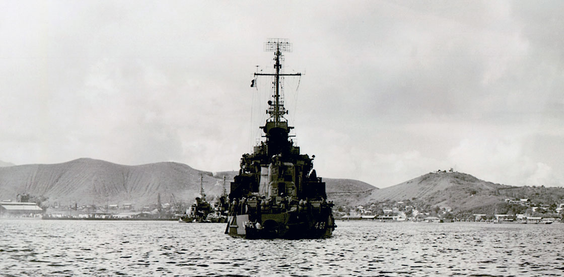 The-Ship-Photos-WW-II-Taylor-in-Pacific-1943