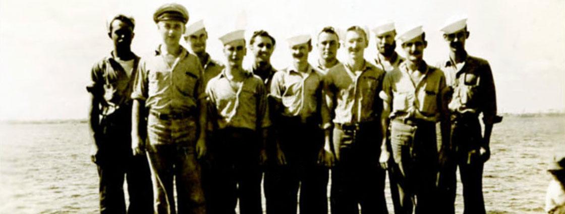WW-II-Crew-Onboard-Ship