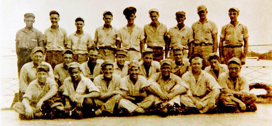 WW-II-Crew-Photos-group-in-Subic-Bay