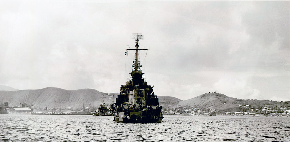 WW-II-Ship-Photos-Taylor-from-stern